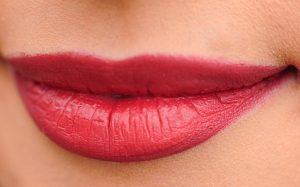 duele la micropigmentación de labios