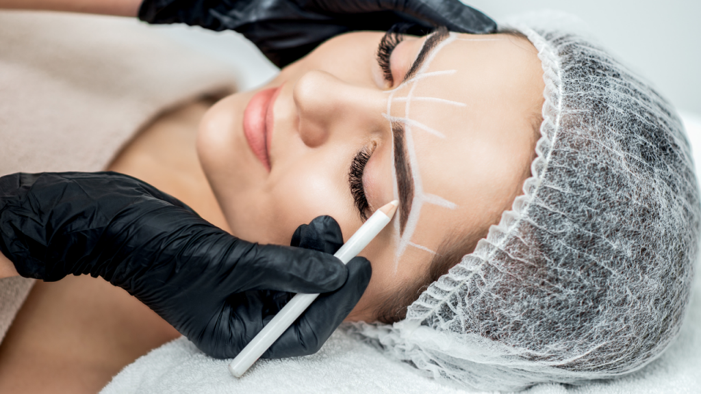 Fases de la micropigmentación de cejas